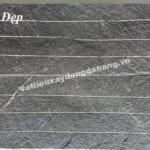 Đá chẻ xanh đen chạy khe kích thước 15x50cm