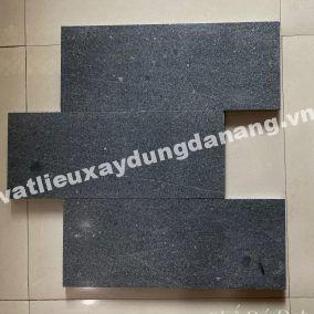 Đá Granite Đen Ánh Kim Mài Bóng