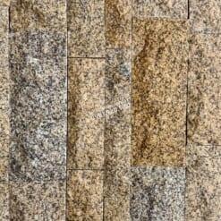 Đá granite vàng bóc thô đa quy cách.01