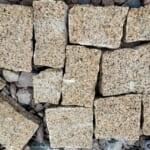 Đá Granite Vàng Đục Thô Quy Cách Rối