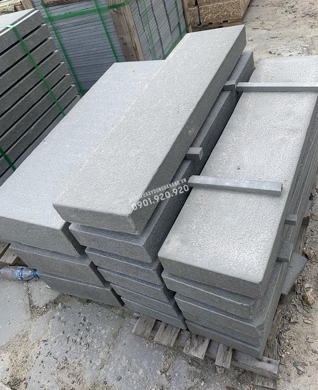 Đá khối sa thạch khò lát bậc thềm