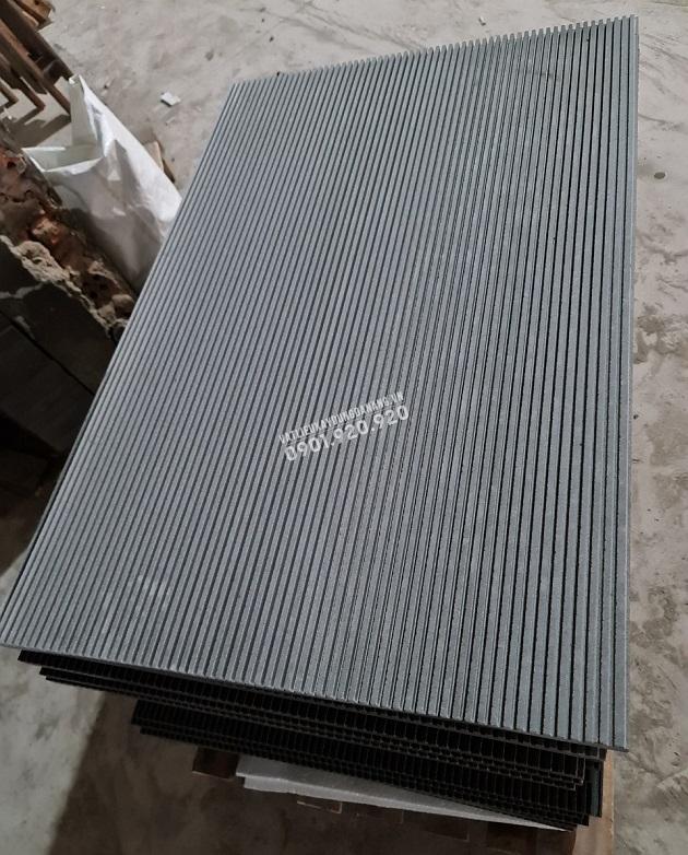 Đá sa thạch xanh chạy rãnh mịn 60x90cm