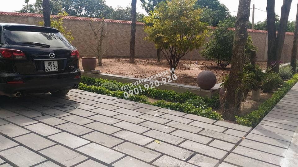 các loại đá lát sân vườn