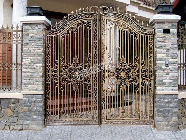 Đá ốp trụ cổng